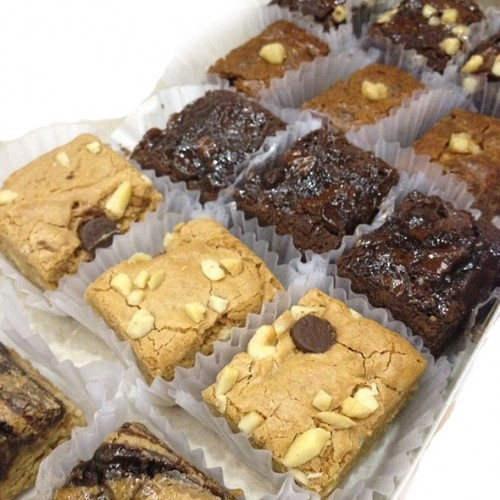 Assorted Bars And Pastries By Contis Cake Online Order To Manila Philippines