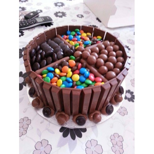 Maltesers Chocolate Cake By Wilmas Yummy Online Order To Manila Philippines